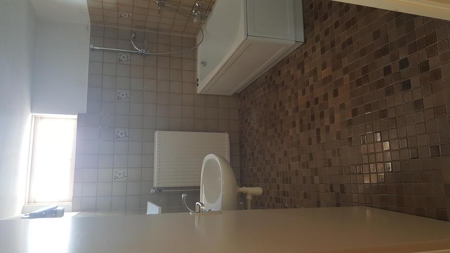 Toilet Verbouwen Kosten : Badkamer m en toilet verbouwen werkspot