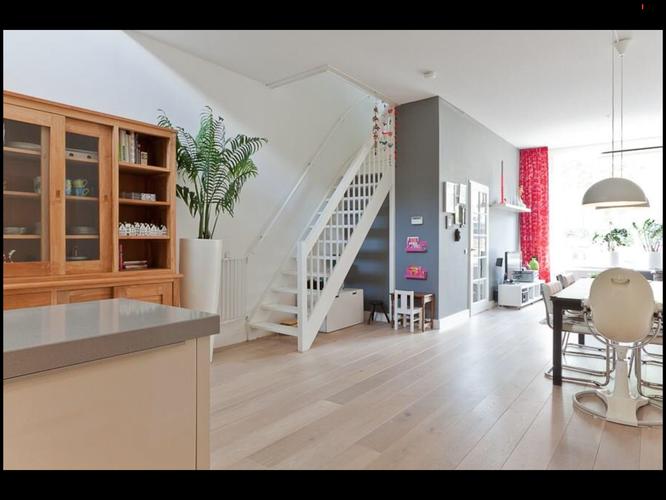 Vide In Woonkamer : Schilderen van gang woonkamer en overloop met vide werkspot