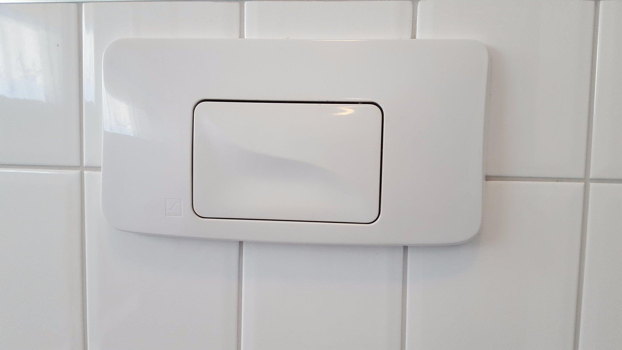 Rioollucht uit inbouwreservoir toilet - Werkspot