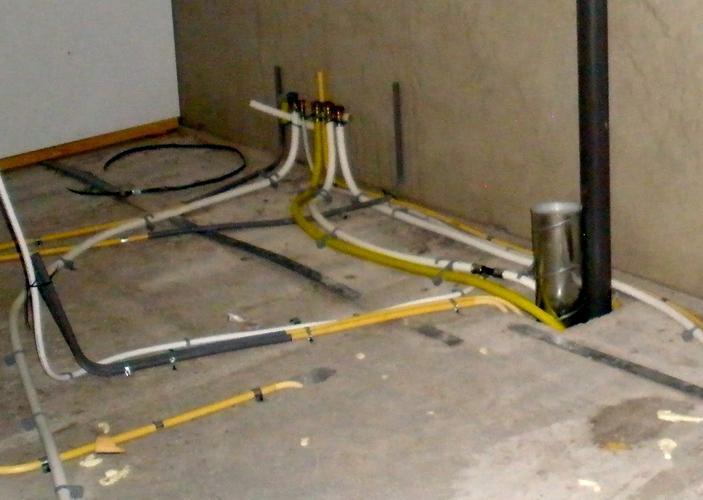 gasleiding bij cv ketel geraakt met klussen