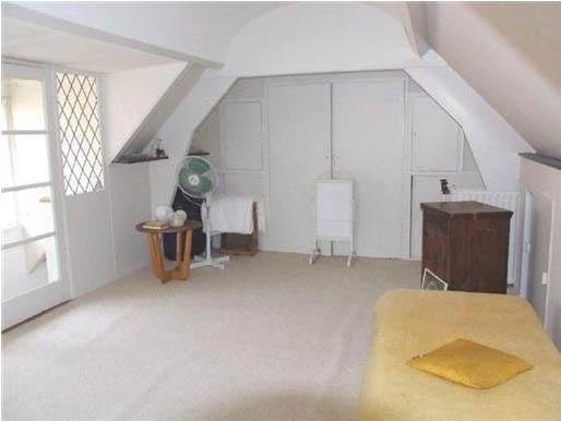 Zolder inrichten met 2 slaapkamers en badkamer werkspot - Badkamer in een kamer ...