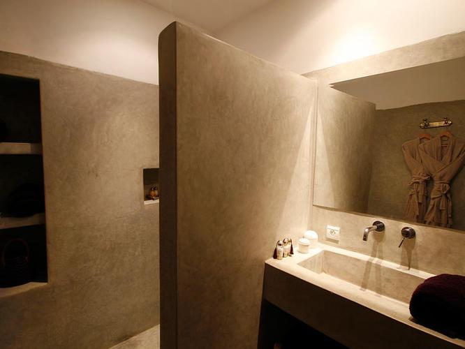 Tadelakt In Badkamer : Tadelakt beton cire muur badkamer werkspot