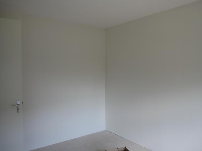 Renovlies en sausen slaapkamers en overloop werkspot for Renovlies laten behangen