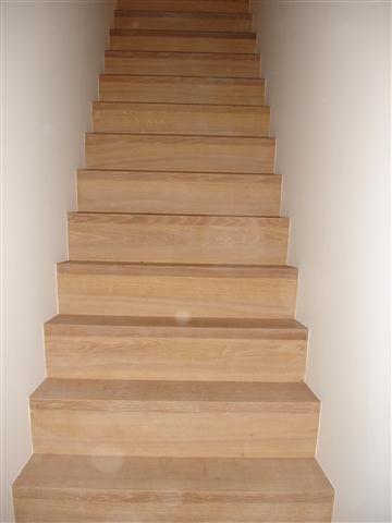 Twee trappen bekleden met hout werkspot for Open trap bekleden met hout