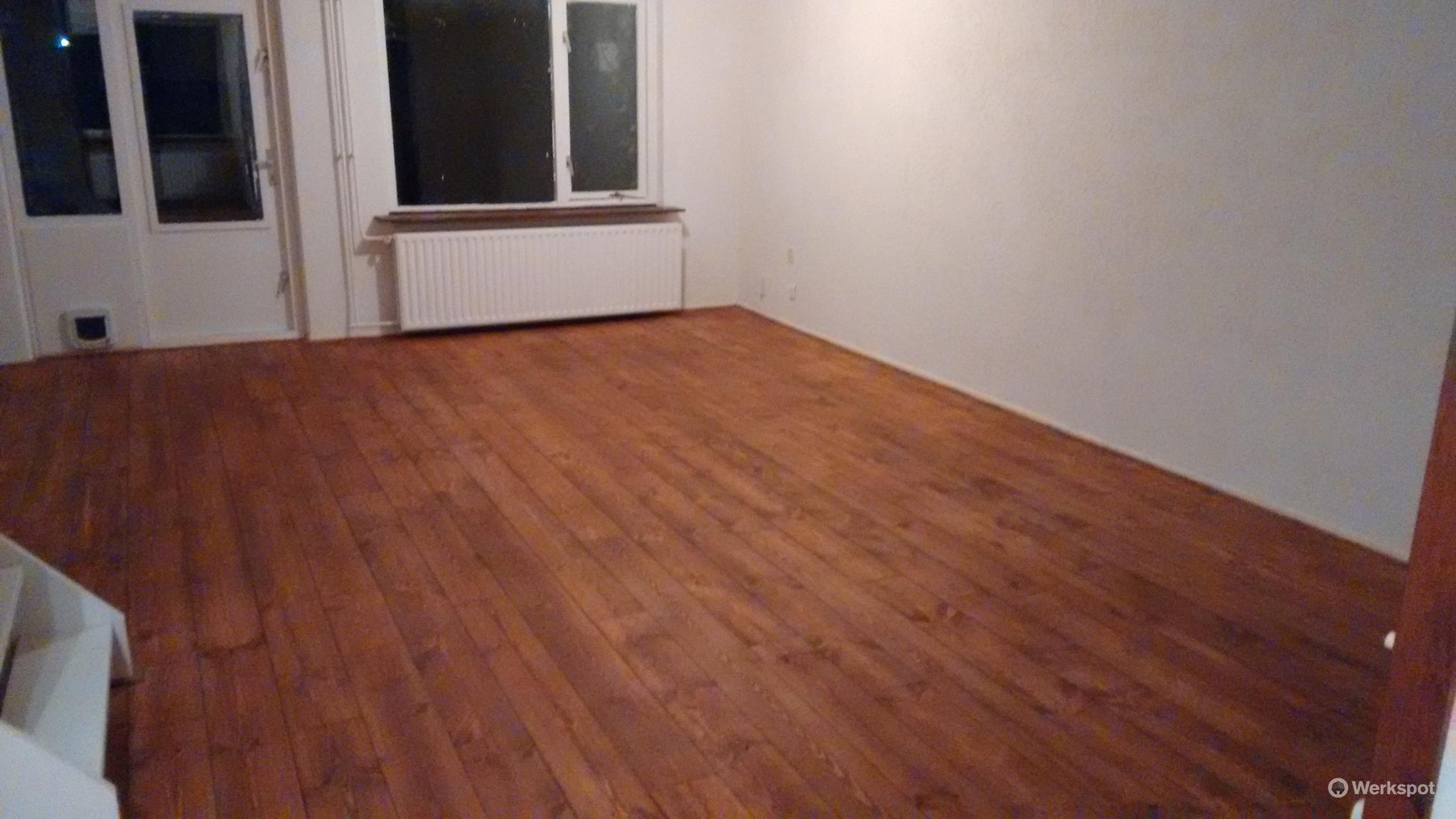 Een grenen vloer schuren kan dat floortec