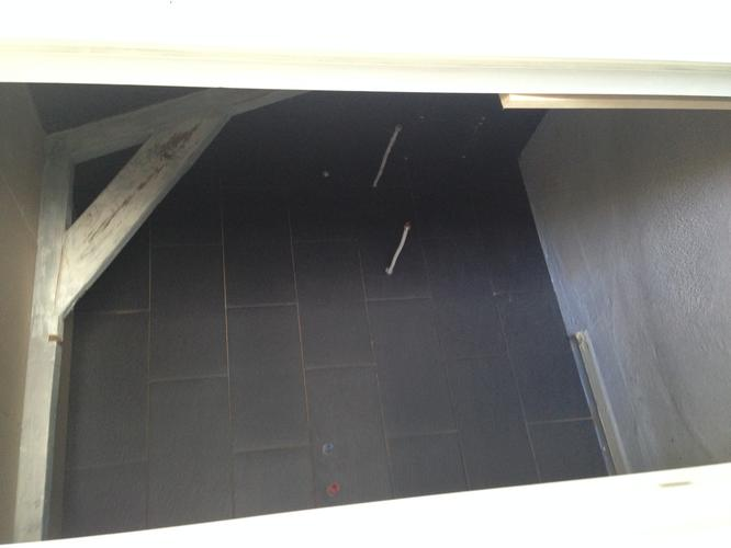 Badkamer Tegels Amsterdam : Badkamer klein van woustraat amsterdam tegels zetten muur bouwen
