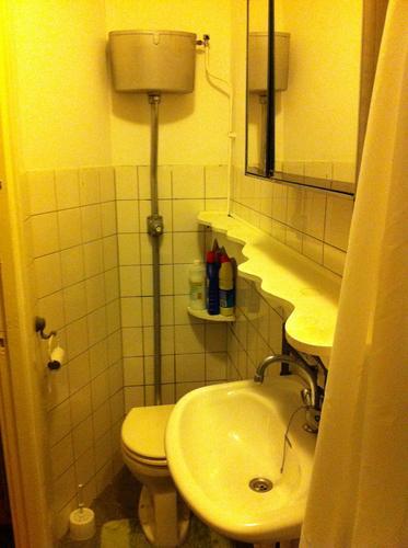 mini badkamer renoveren - Werkspot