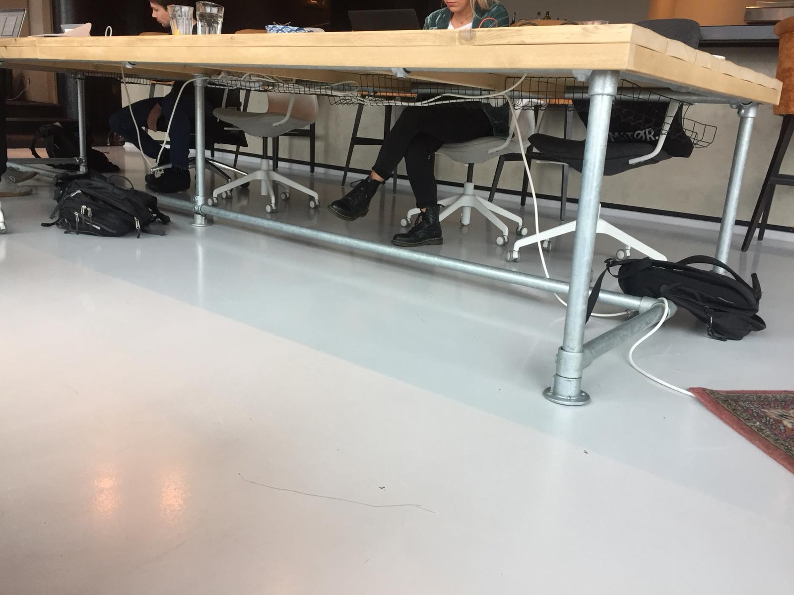 Steigerbuis Tafel Onderstel : Steigerbuis tafel verkleinen werkspot
