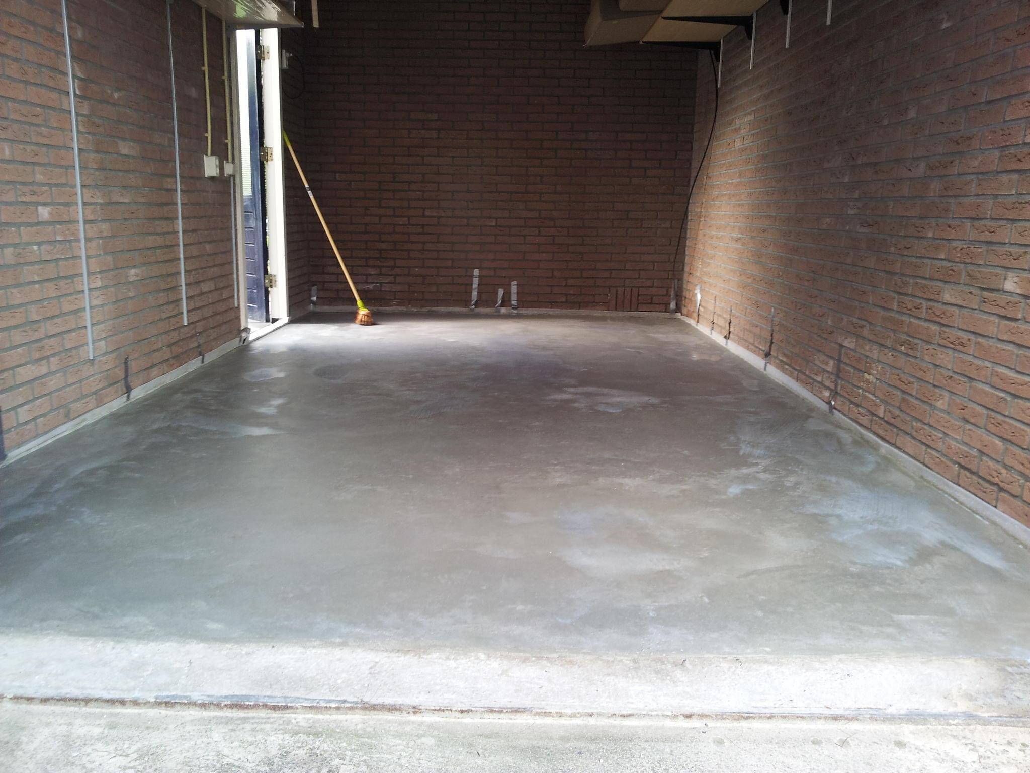 Badkamer Vloer Storten : Kosten storten betonvloer