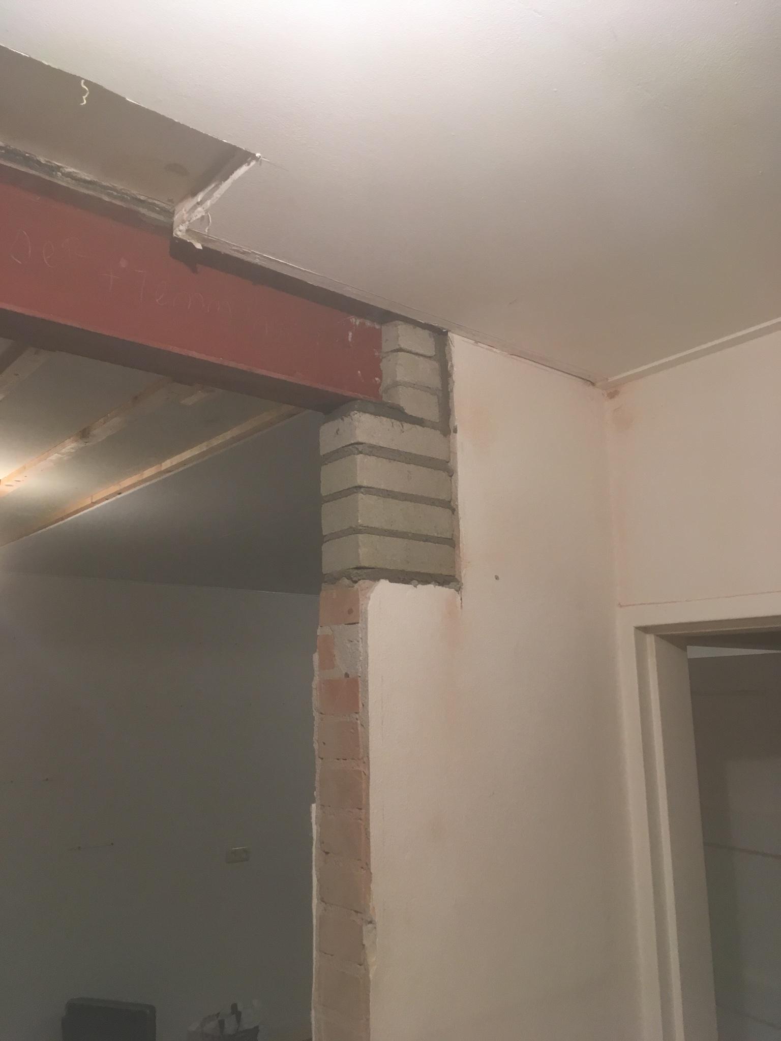 Stucen en aftimmeren stalen balk werkspot for Wanden nieuwbouwwoning afwerken