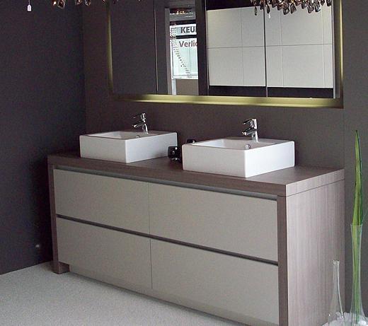 Badmeubel maken werkspot for Zelf maken badkamermeubel
