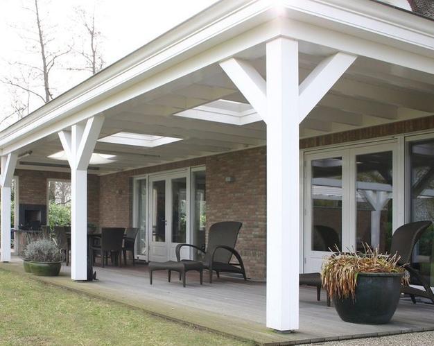 Houten veranda aan huis vast van 7 mtr breed en 4 mtr diep palen 1 werkspot - Huis met veranda binnenkomst ...