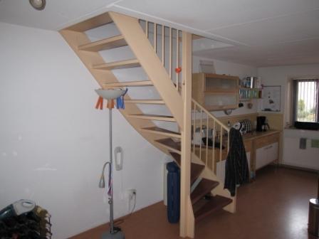 Open trap dichtmaken en trapkast maken - Werkspot