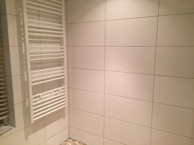 Badkamer opnieuw voegen werkspot