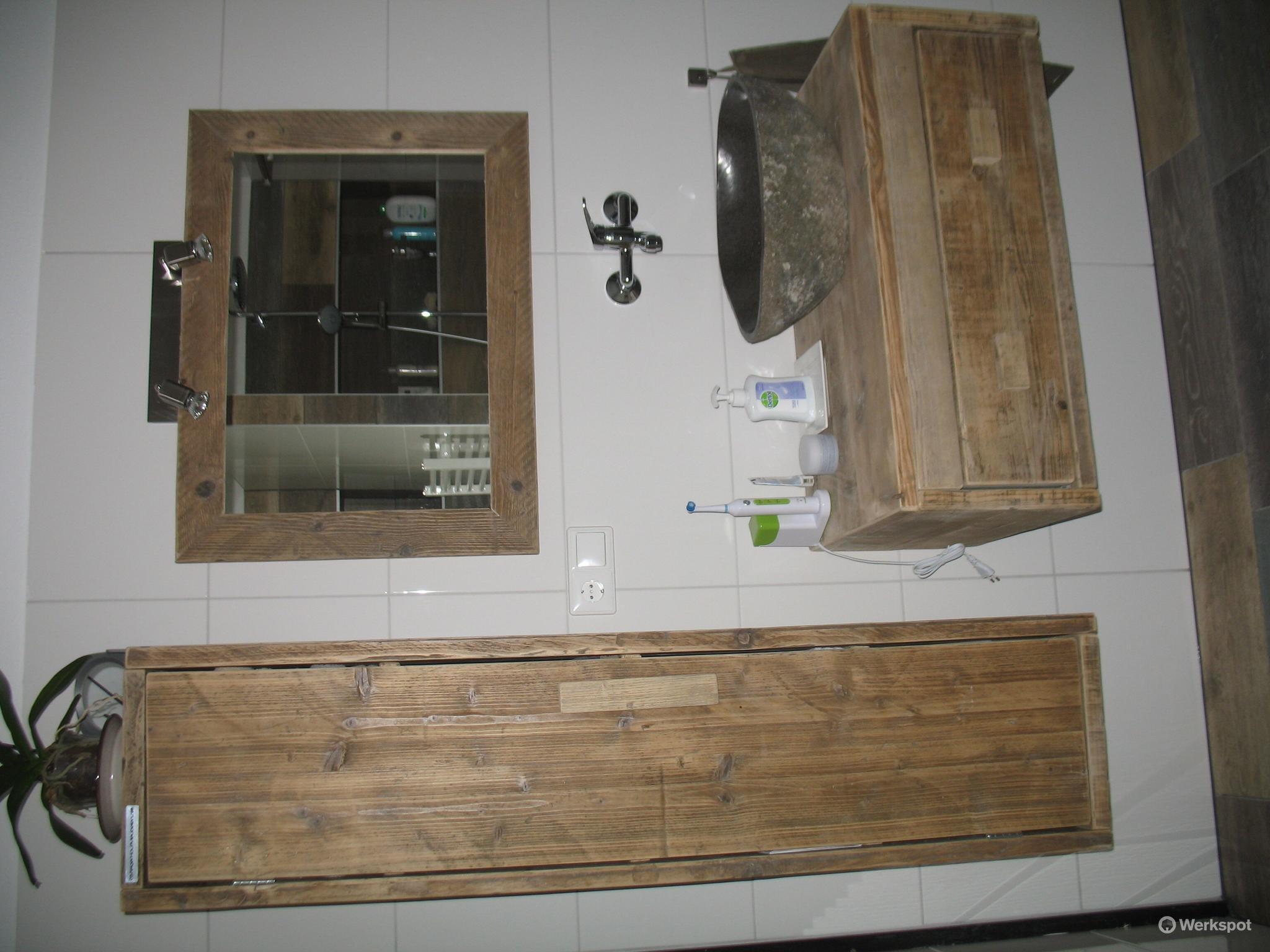 Badkamer verbouwen + apart toilet verbouwen - Werkspot