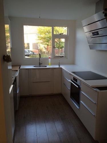 Raam voor keuken for Decoratie vensterbank keuken