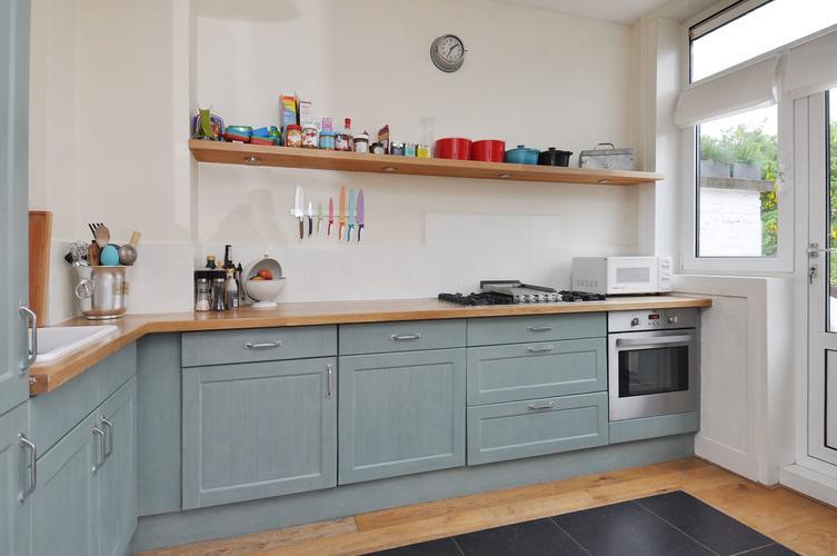 Witte Keuken Schilderen : Keuken betegelen of verven beste ideen over huis en interieur