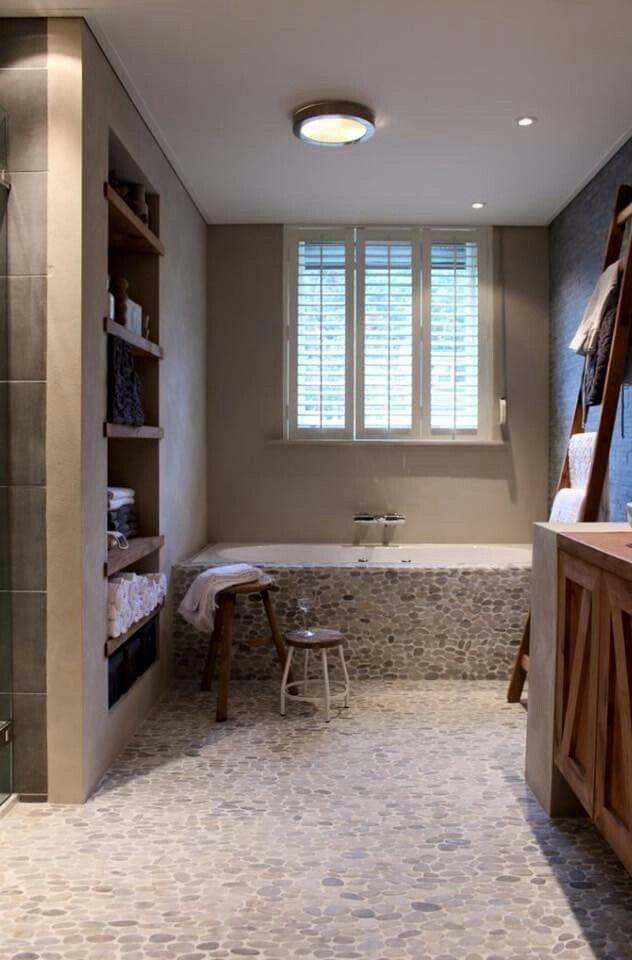 Badkamer nis/koof bouwen in bestaande badkamer - Werkspot