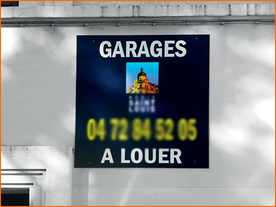 pannello immobiliare affittasi garage