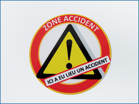 étiquettes danger zone accident