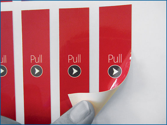 etichetta per packaging rossa