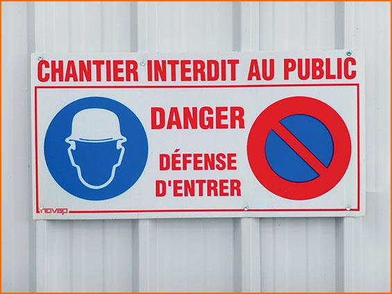 pannello di cantiere pericolo vietato al pubblico