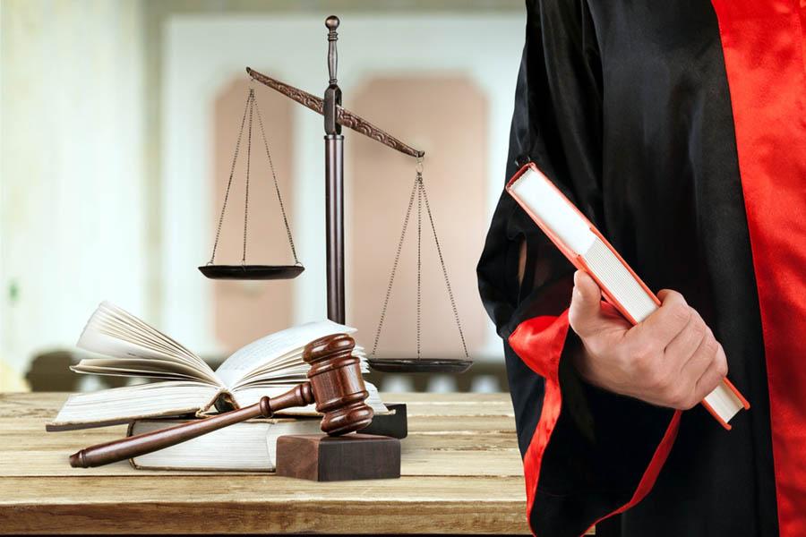 Darmowe porady prawne. Kto może na nie liczyć?