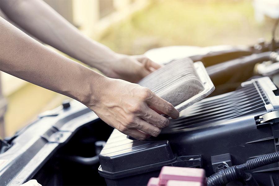 Które filtry w samochodzie można wymienić samodzielnie?