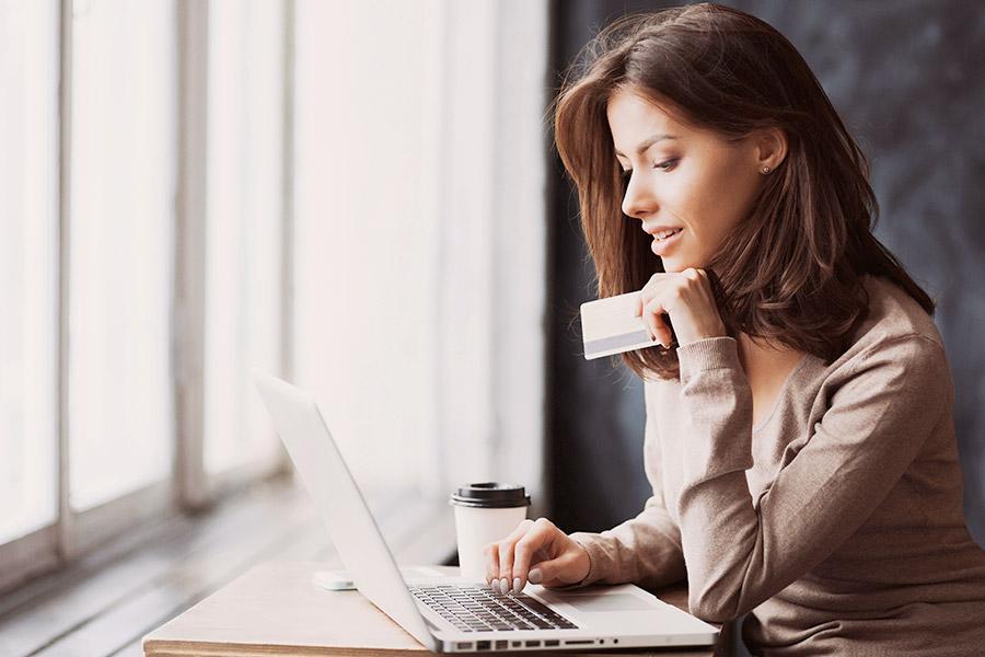 Na co uważać przy płatnościach w internecie?