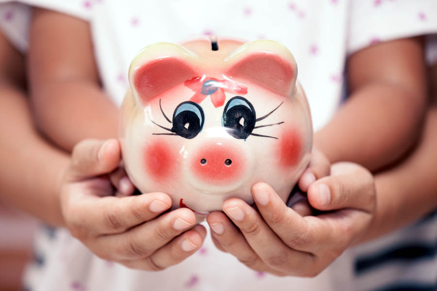 Pożyczyć czy zaoszczędzić i odłożyć?