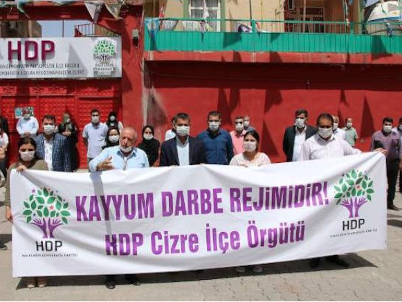 Turkey: More elected Kurdish mayors removed from office