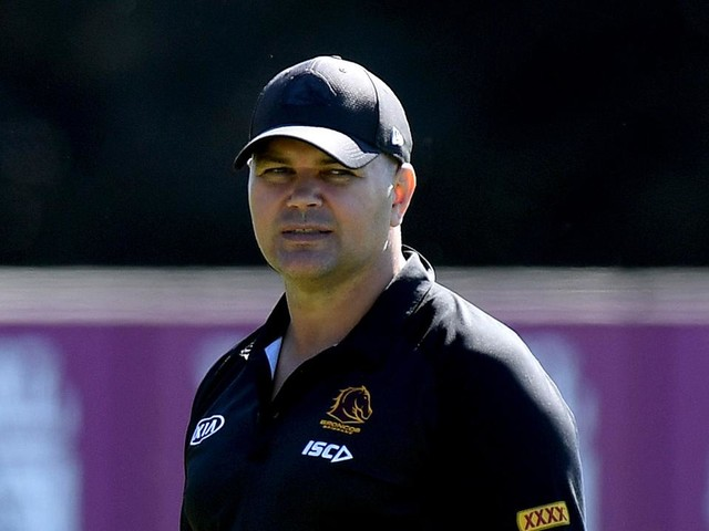 'Deer in the headlights': Glenn Lazarus sprays Broncos, declares Anthony Seibold 'not up to it'