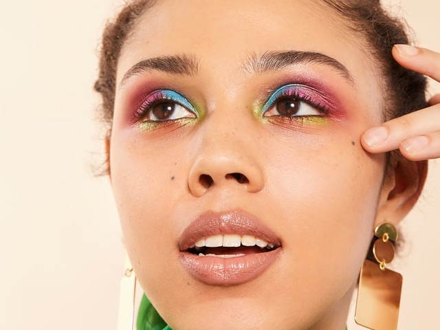 This Summer's Biggest Makeup Trends Are Cooler Than the Air From Your A/C Unit
