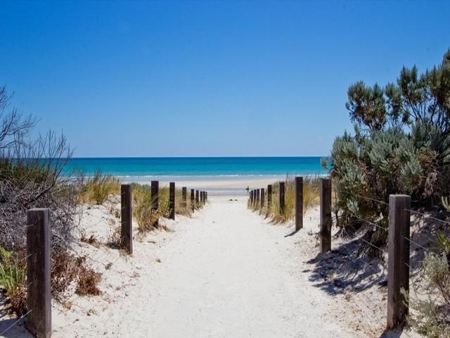 The 8 Whitest Beaches in Australia