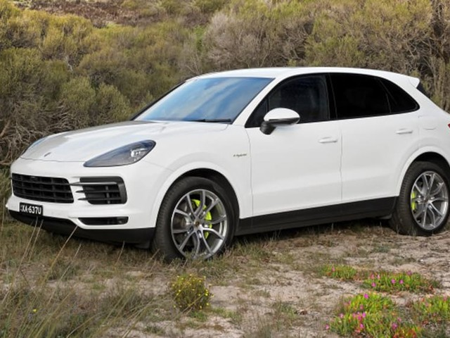 Porsche owners can now pay to offset carbon emissions