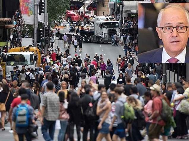 Australia's migrant intake hits 10-year low under Turnbull