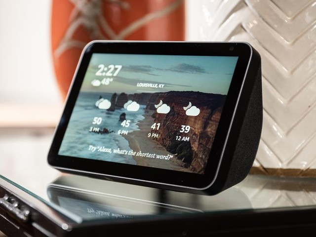 Get two Amazon Echo Show 8 smart displays for the price of one - CNET