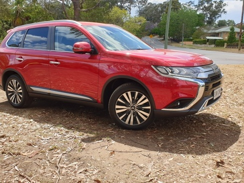 2020 Mitsubishi Outlander Exceed: Private Fleet Car Review.