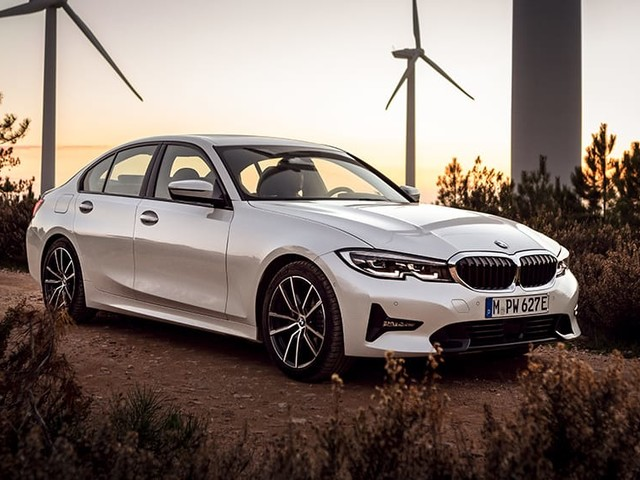 BMW 330e 2019 revealed: more power, range for plug-in hybrid
