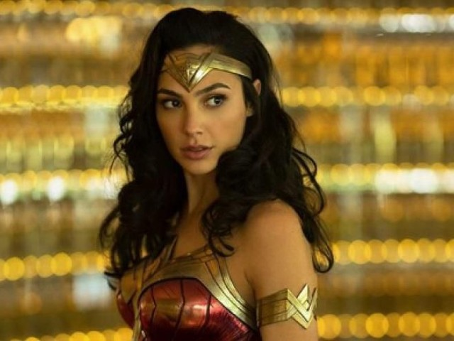 First Wonder Woman 1984 trailer sees Gal Gadot literally ride lightning - CNET