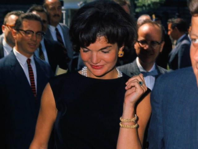I'm Obsessed With Jackie Kennedy's Engagement Ring; Can You Give My Future Fiancé a Heads Up?