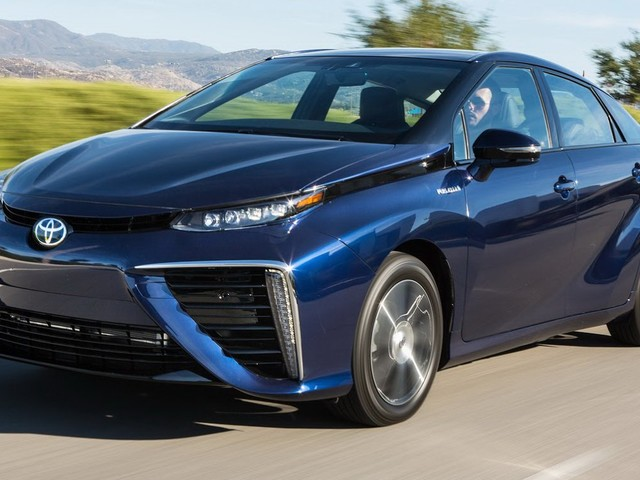 Fuel Cell Car Prices Will Match Hybrids Within A Decade, Says Toyota