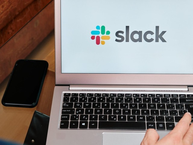 Use Slack 'Clips' to Avoid Brief, Pointless Meetings
