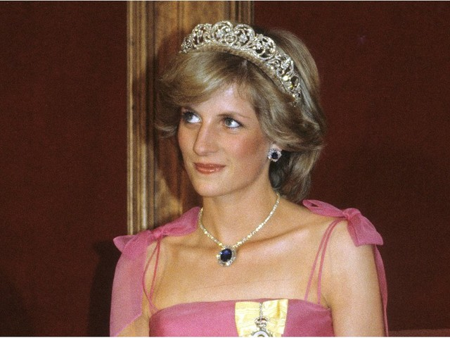 """Princess Diana Was a """"Terrible Cook,"""" So Her Chef Helped Her in the Sweetest Way"""