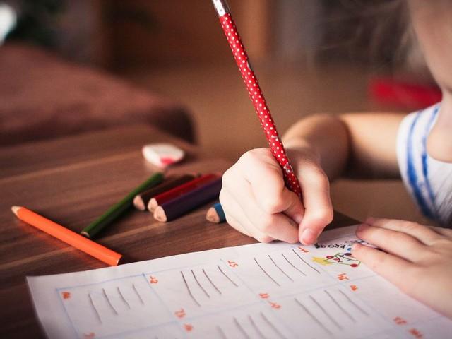 Asbestos putting primary school children at risk in Surrey & Hampshire