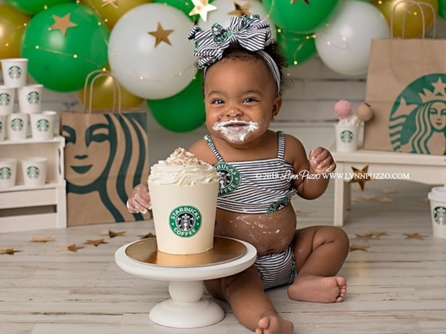 This Little Girl Had a Starbucks Cake Smash, and We See Frappuccinos in Her Future!