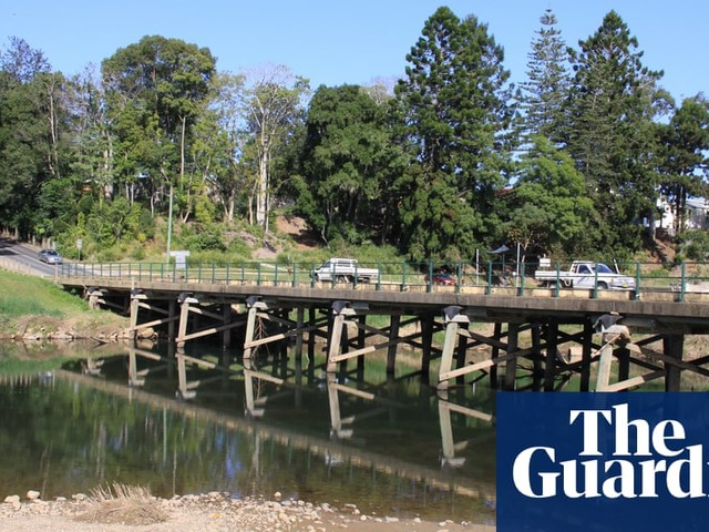 NSW coastal towns face anxious wait for rain as water supplies dwindle