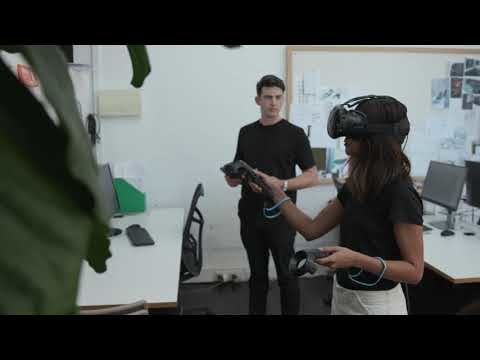 Qantas Virtual Reality reveal of new Singapore First Lounge