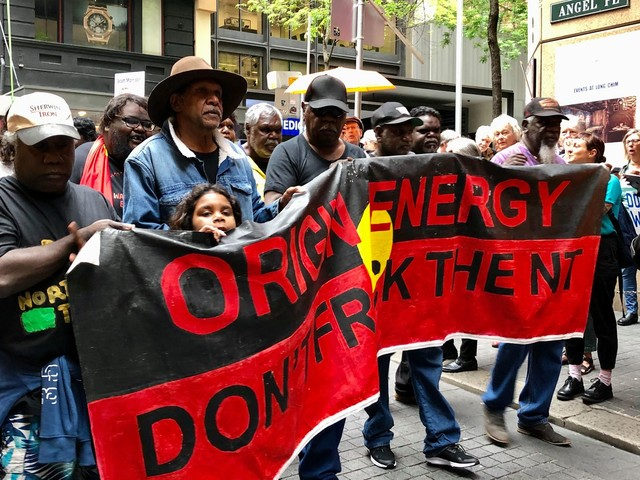 Northern Territory Traditional Owners tell Origin to 'frack off'