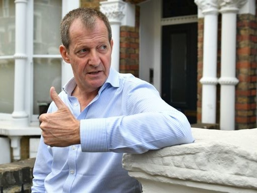 Alastair Campbell: 'I'd like to go back to Labour'